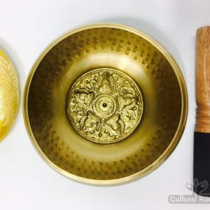 2.2_Hammer-Finished-Mantra-Singing-Bowl-CulturalRoots