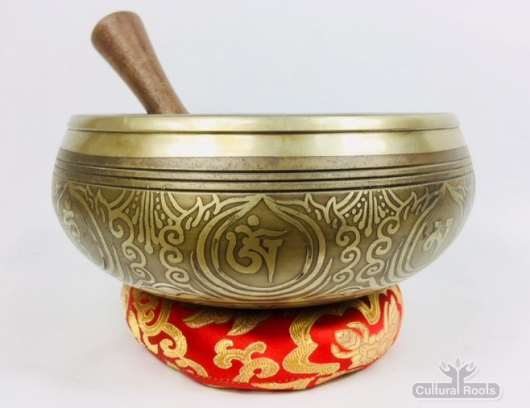 "8"" (Root Chakra) Stunning Carved Bronze Nepalese Singing Bowl 2 kg ॐ"